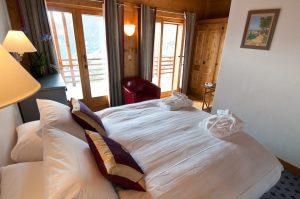 chalet skye luxury double bed