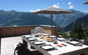 Chalet Spa - Dining with a view