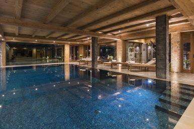 Mon Izba Pool