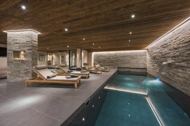 Chalet Sirocco Pool